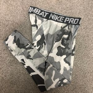 Nike Pro Combat Gray Camo Tights Leggings XL